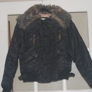 No Boundries Juniors 7/8 Faux Fur zip pockets